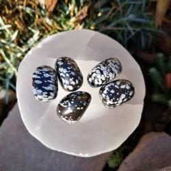 pierre roulée obsidienne mouchetée