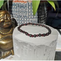 bracelet grenat et pierre de lave 4mm